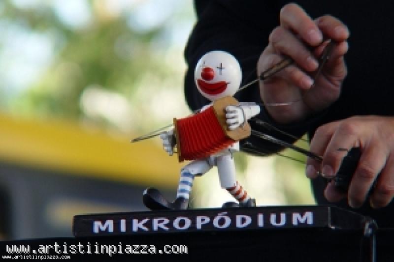 Mikropodium Family Puppet Theatre