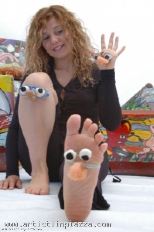 Veronica Gonzalez - Teatrino dei piedi